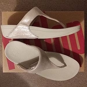 Fitflop shimmy suede toe-post sandals
